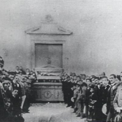 Esposizione dell'urna argentea (foto risalente alla fine del sec. XIX)