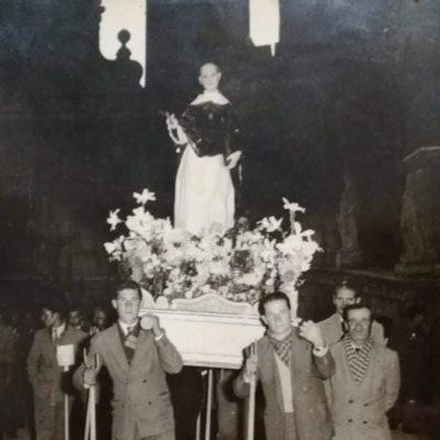 Processione del Beato Giovanni Liccio (14 novembre primi anni '50 - antica statua in cartone romano risalente al 1753 in seguito sostituita dal simulacro attuale)
